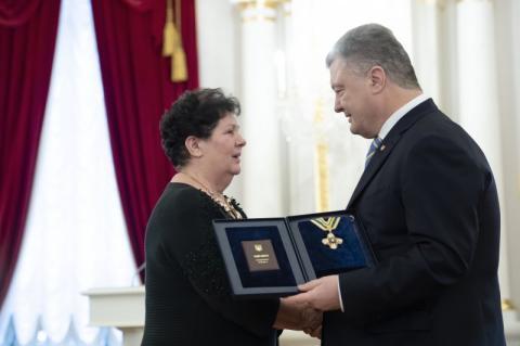 Ми відзначаємо видатних українців, які самовіддано долучилися до будівництва Української держави – Президент вручив високі державні нагороди