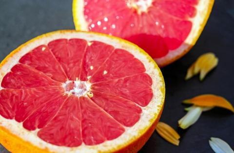 Супрун назвала фрукти, які небезпечно вживати у поєднанні з ліками