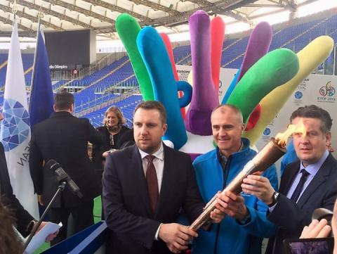 Олімпійський вогонь ЄЮОФ-2019 вирушив з Риму до Сараєво