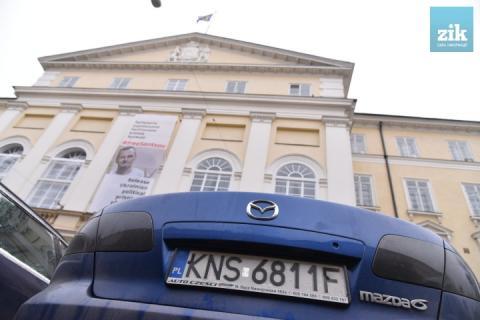 Львівська митниця оформила 6700 євроблях. Продовження пільгового періоду не планується