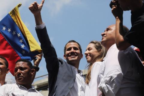 Британія визнала Гуайдо тимчасовим президентом Венесуели