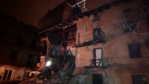 У центрі Львова частково обвалився житловий будинок