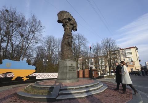 Президент на Львівщині: Втратимо державу – біда прийде у кожен український дім