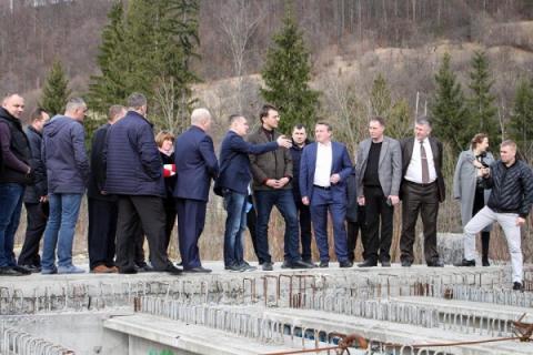 Ми поступово відновлюємо мости у Чернівецькій області, - Володимир Омелян