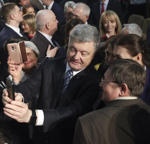 Децентралізація впевнено прокладає шлях по всій Україні - Президент про успішність реформи