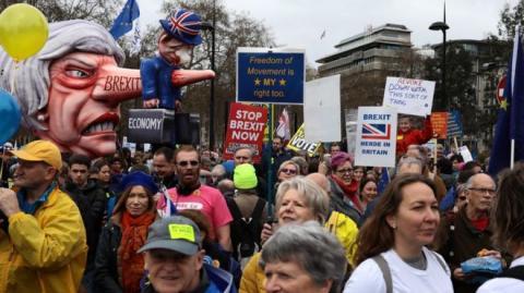 Brexit: тисячі людей збираються на марш у Лондоні з вимогою другого референдуму