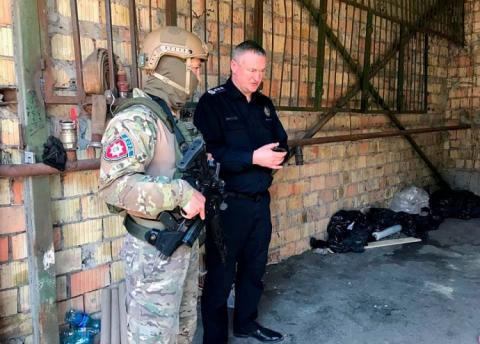"""Поліція викрила у Києві міжнародний """"склад"""" наркотиків з 600 кг героїну"""
