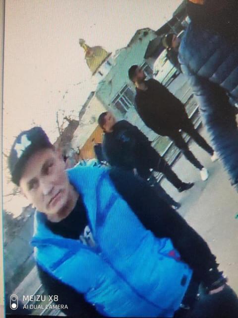 Аваков опублікував відео аварії в Одесі: поранених гвардійців добивав перехожий