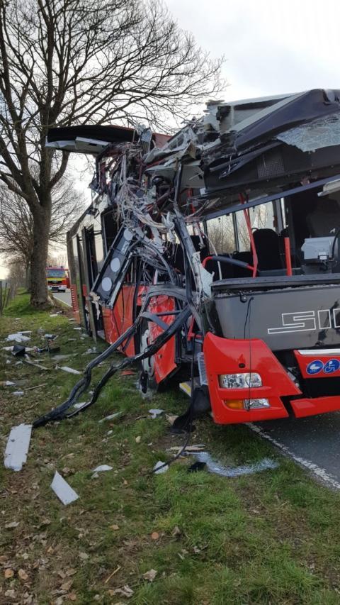 У Німеччині 30 людей постраждали у ДТП з автобусом зі школярами