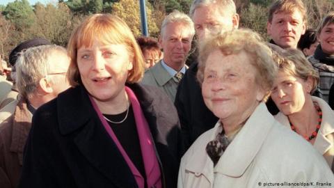 У Ангели Меркель померла мама