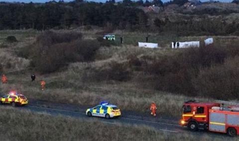 У Британії невеликий літак розбився на полі для гольфу, один загиблий