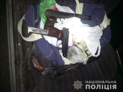 Вбивство поліцейського в Баришівці: затримали двох чоловіків зі зброєю