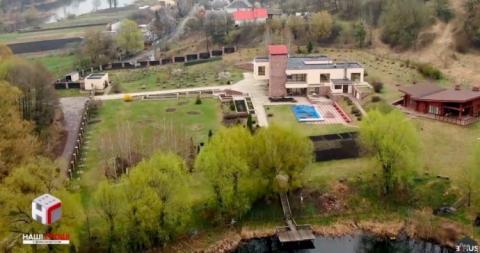"""ЗМІ: Заступник керівника """"Укрспецекспорту"""" обжився маєтком, заробляючи 20 тисяч"""