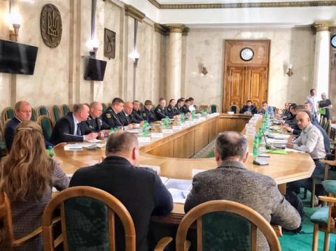 Поліція обіцяє захистити намет допомоги армії в Харкові
