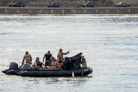Зіткнення теплоходів в Будапешті: вперше за п'ять днів знайдені тіла загиблих