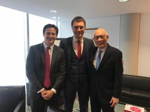Володимир Омелян зустрівся з керівниками компанії Ryanair та Hutchison Ports