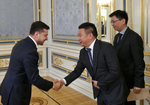Президент України зустрівся з представниками ділових кіл Китаю