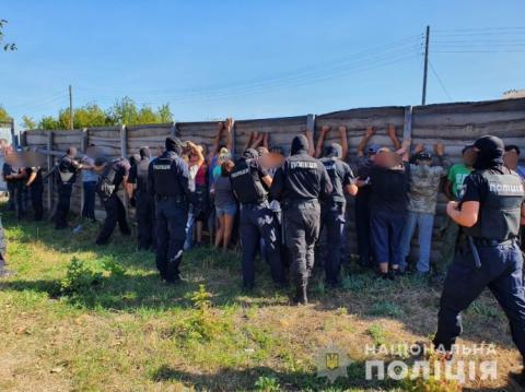 На Харківщині затримали 30 осіб за напад на знімальну групу телеканала