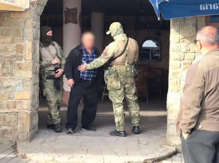 Українські правоохоронці почали розслідування через обшук у Криму