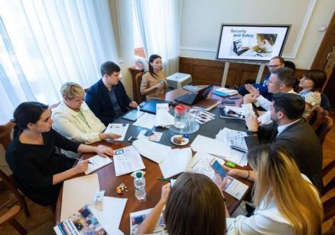 У Зеленського хочуть захистити дітей від онлайн-загроз