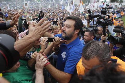 Тисячі італійців вийшли підтримати опозиційного лідера Сальвіні
