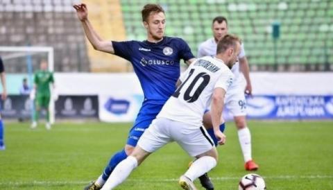 У футбольній Прем'єр-лізі України сьогодні було зіграно три перші матчі десятого туру