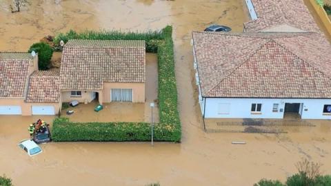 Внаслідок серйозної повені у Франції загинули 3 людини