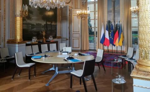 """""""Нормандський саміт"""" вирішив працювати до ночі; до преси після зустрічі вийдуть Зеленський і Путін"""