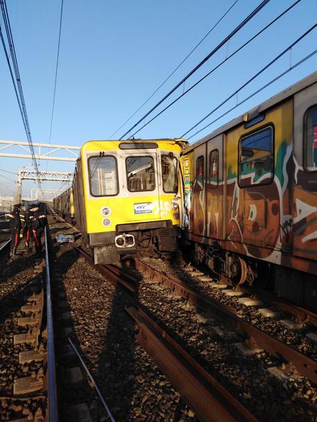 У Неаполі від зіткнення потягів метро постраждали 5 людей