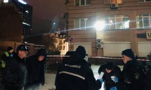 Застрелив, забрав пакет, втік: у центрі Києва скоїли вбивство