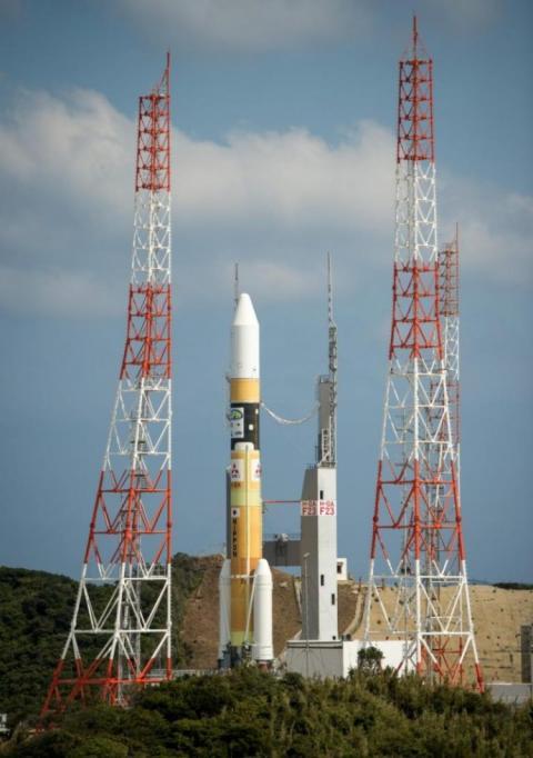 Японія вивела на орбіту ракету з розвідувальним супутником