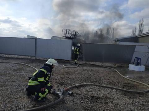 Через вибух на АЗС на Херсонщині постраждали двоє осіб