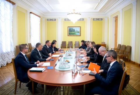 Керівник Офісу Президента Андрій Єрмак зустрівся з послами країн Групи семи та ЄС