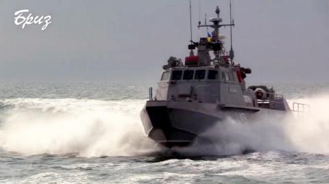 """У морі проходять випробування нових десантно-штурмових катерів """"Кентавр"""""""