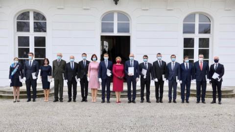 У Словаччині призначили новий уряд, окрім глави МЗС, якого чекає карантин