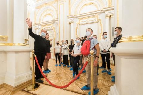 З ініціативи першої леді в Маріїнському палаці організовано екскурсії із сурдоперекладом
