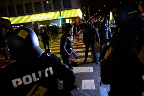 У Данії заарештували 9 осіб після сутичок на демонстрації проти карантину