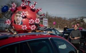 У Чехії хочуть зобов'язати великі компанії тестувати всіх працівників