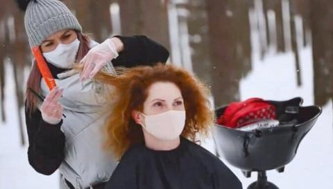 Глава МОЗ Латвії підтримав стрижку в лісі у відповідь на протест проти коронаправил