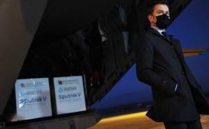"""Президент Чехії хоче відставки глави МОЗ за стримане ставлення до російського """"Спутника"""""""