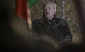 Єврокомісар засудив Білорусь через неприйнятне ставлення до польської нацменшини