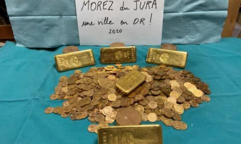 У французькому місті в банках з варенням знайшли золото на 600 тисяч євро