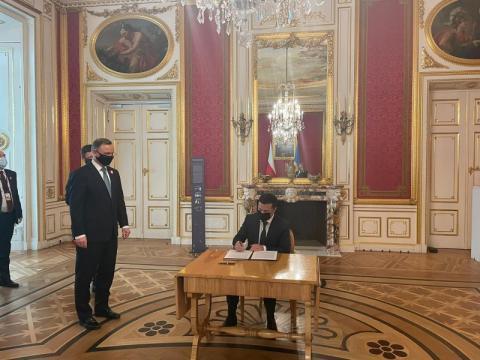 Польща завжди підтримує Україну та український народ – Володимир Зеленський за підсумками зустрічі з Анджеєм Дудою у Варшаві
