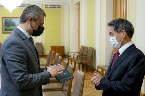 Роман Машовець обговорив з Послом Японії в Україні Такаші Кураї оборонно-військову співпрацю між країнами