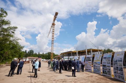 «Велике будівництво»: Володимир Зеленський ознайомився з реконструкцією спортивних об'єктів у Кривому Розі