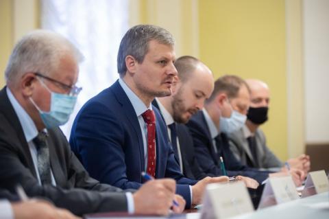 Підготовку візиту Президента України до США обговорив Роман Машовець з представниками американського посольства
