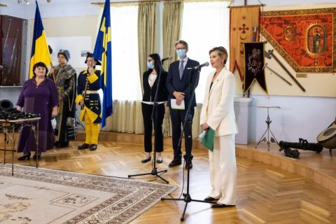 Перша леді спільно з Послом Швеції в Україні відкрили клуб для відповідальних тат «TATO-Hub Полтава» та запустили аудіогід шведською мовою в Музеї Полтавської битви