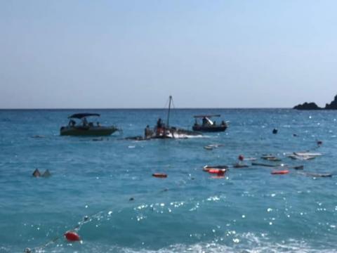 На турецькому курорті затонув катер з туристами, загинула дитина