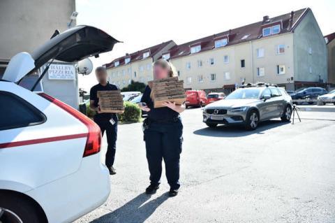 У Швеції в'язні взяли в заручники наглядачів тюрми, вимагають вертоліт і піцу