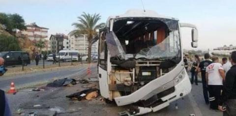 У Туреччині перекинувся автобус з російськими туристами: 4 загиблих, 16 постраждалих